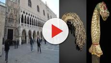 Caccia all'uomo per il furto milionario di gioielli a Palazzo Ducale