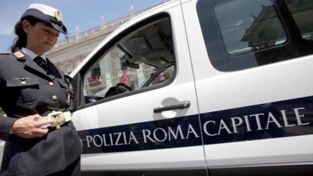 Vigili urbani: a Roma dovranno pagare l'abbonamento all'Atac