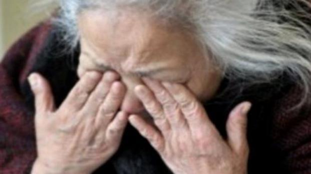 Donna di 91 anni aggredita a Pesaro
