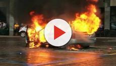 Uccidono un clochard incendiado la sua auto: 'ci annoiavamo'