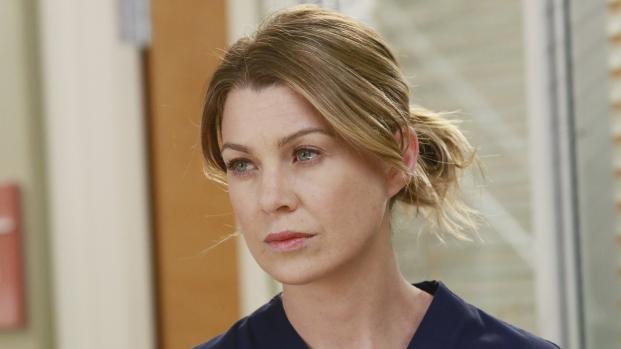 "Vídeo: Ellen Pompeo fala sobre o fim de ""Grey's Anatomy"""