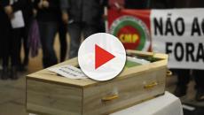 Vídeo: bebê nasce dentro de caixão na África
