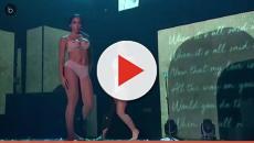 Assista: Foto 'ginecológica': Anitta e Claudia exageram na roupa e mostram demai