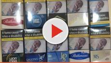 Uomo trova la sua foto sul pacchetto Lucky Strike: denunciati i responsabili