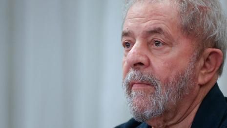 Resultado de imagem para Lula preocupado