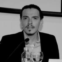 Roberto Magallón