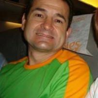Carlos Roberto Moreira