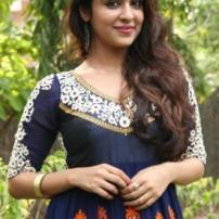 Saxena Suman