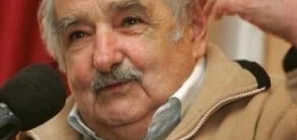 Uruguay: computer e bici a chi consegna un'arma