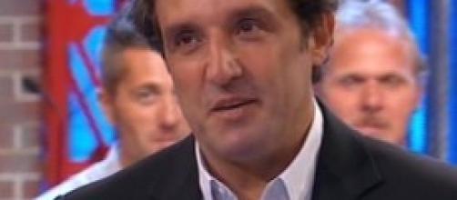 """Flavio Insinna conduce """"Affari tuoi"""""""