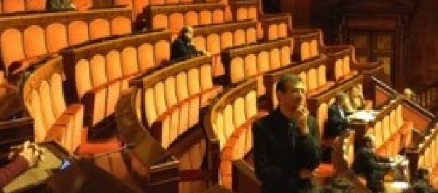 Politica italiana clamoroso parlamentari assenti
