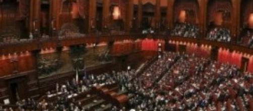 Italiani contro Parlamento e partiti