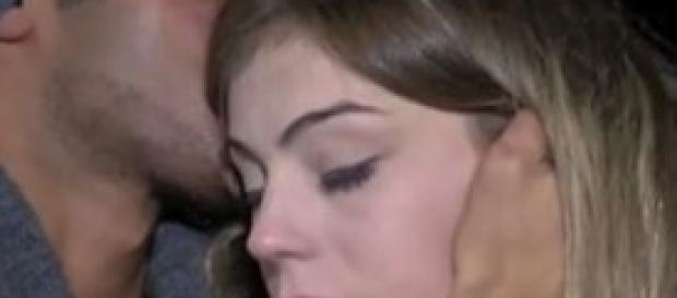 Irene bacia tutti. Alessia e Flavia si arrabbiano