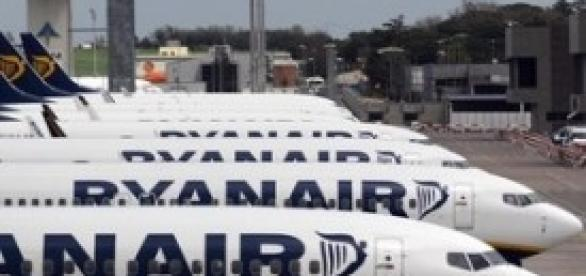 Ryanair premia i propri dipendenti con un aumento salariale del 10%