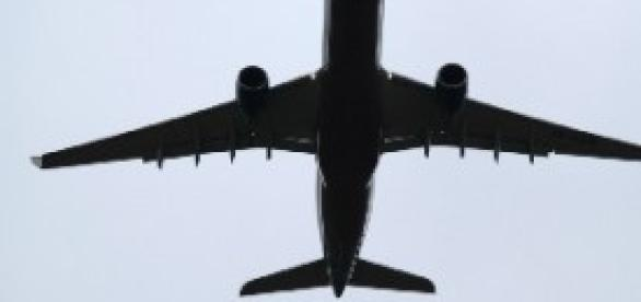 Ryanair, il libro di un comandante la accusa
