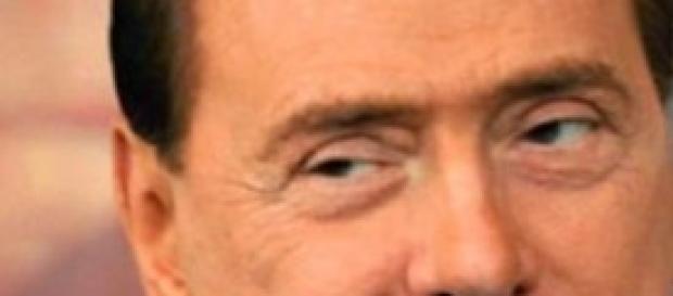 sondaggi politici 10 gennaio: cresce Berlusconi