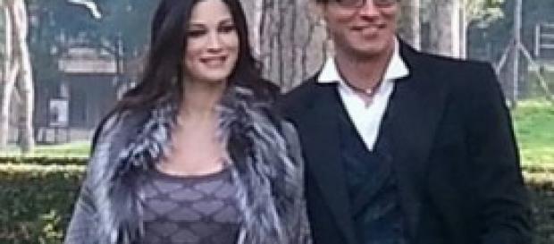 Manuela Arcuri incinta insieme a Gabriel Garko