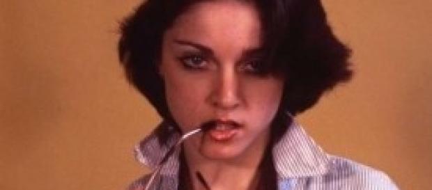 Madonna, scandalo: foto senza veli giovanissima