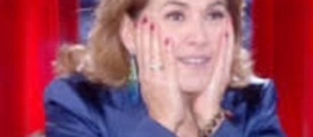Barbara D'Urso continua a chiedere perdono