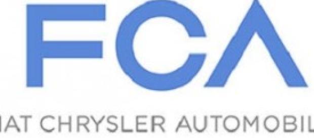 Fiat nuovo logo dopo la fusione con Chrysler