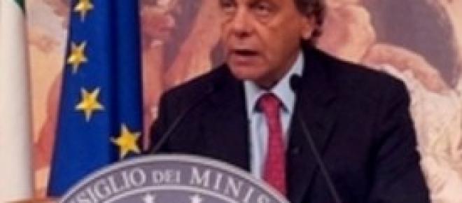 Francesco Nitto Palma senatore di Forza Italia, attuale presidente commissione Giustizia del Senato ed ex Guardasigilli. <em>Foto dal sito del ministero della Giustizia</em>