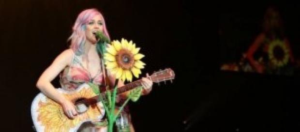 Katy Perry sarà la regina del Super Bowl 2015