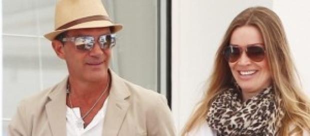 Antonio Banderas junto a su pareja actual
