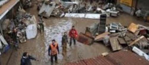 Alluvione Genova. Fango invade abitazioni.