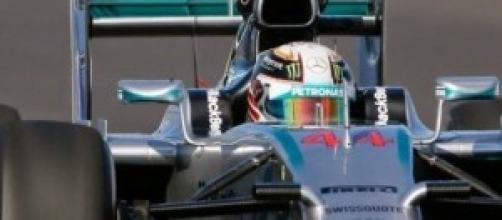 Hamilton iguala Mansell com 31 vitórias