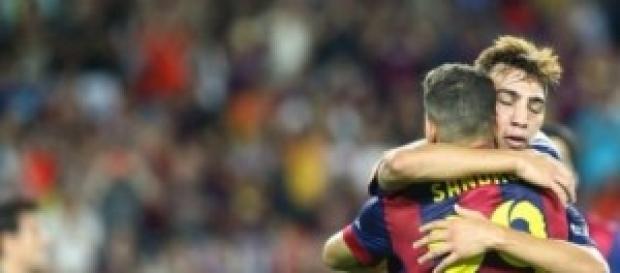 Sandro y Munir juntos celebrando un gol.