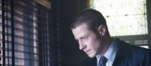 """Gotham 1x04 """"Arkham"""": Jim Gordon"""