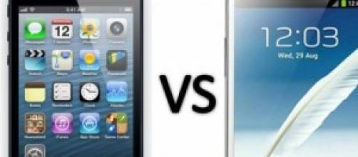 iPhone 5 vs Samsung Galaxy Note 2