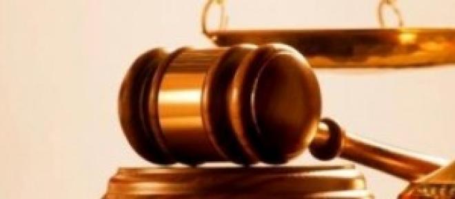 Na balança da justiça/publico-pt