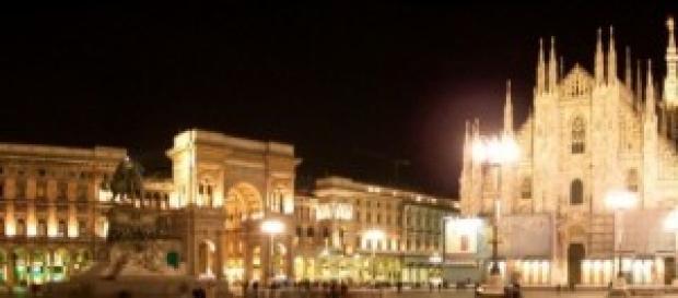 Milano - panoramica  di Piazza Duomo