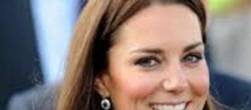 Kate Middleton con il pancino  in pubblico