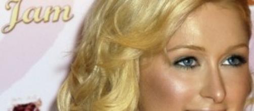 Paris Hilton lavora come dj e guadagna tanto