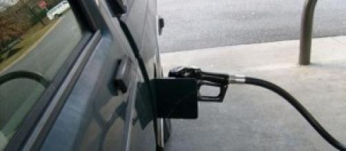 Pieno auto benzina, gasolio: prezzi carburanti
