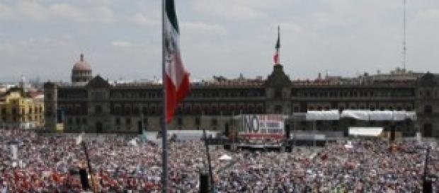 Vista de la plaza del Zócalo durante la protesta