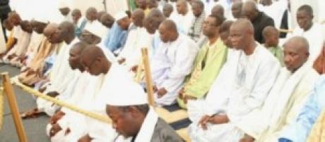 Prière dans une mosquée de Dakar