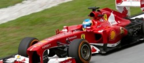 Fernando Alonso en un Ferrari.