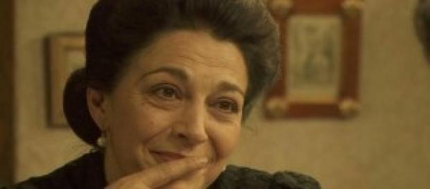 Donna Francisca nasconde un segreto con Emilia