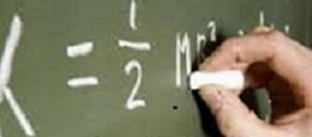 Atrasos na colocação de professores