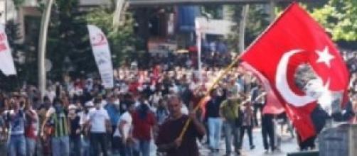 Turchia. scontri a Istanbul
