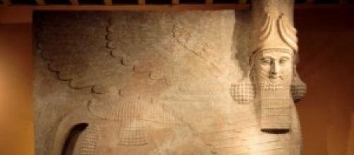 Antico bassorilievo del Regno Assiro-Babilonese
