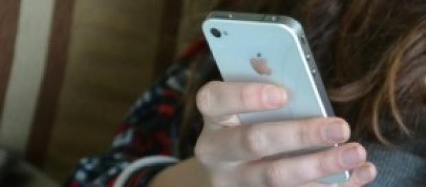 Telefonía móvil inteligente y adolescentes