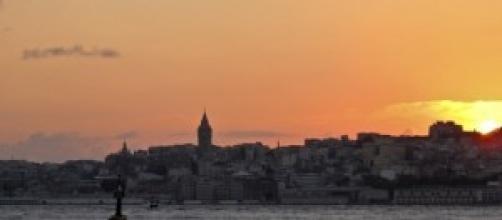 Desde Üsküdar con la Torre Gálata al fondo