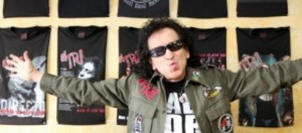 Alex Lora y El Tri festejan sus 46 años rockeando