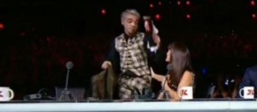 Morgan lascia X Factor in diretta video