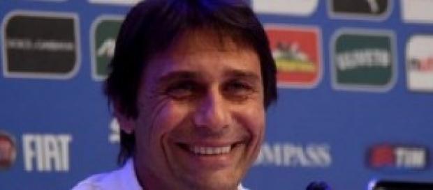 Conte sorride per il buon risultato degli azzurri