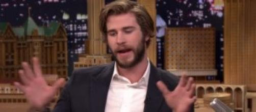 Liam Hemsworth: Jennifer non lavava i denti